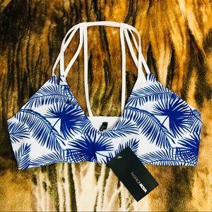 Swimming bra white blue. Size L. New NWT